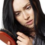 kadınlarda saç dökülmesi